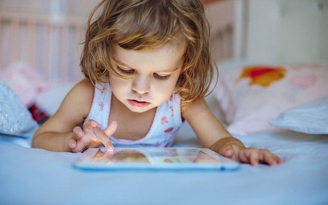 Quarentena pode aumentar miopia em crianças